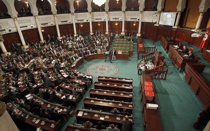 تونس تنصيب رسمي ل