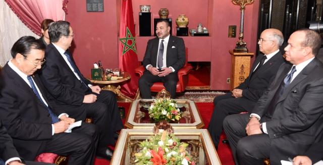 العاهل المغربي  يستقبل رئيس لجنة المؤتمر الاستشاري  للشعب الصيني