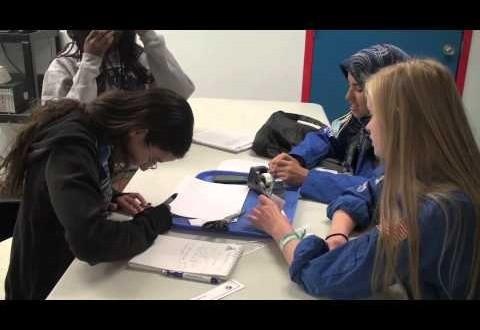 تلاميذ مغاربة يشاركون في مخيم حول علوم الفضاء بأمريكا
