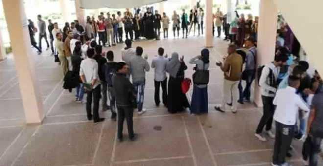 طلبة موظفون بأسلاك الماستر في مراكش يتفاجأون برفض ملفاتهم