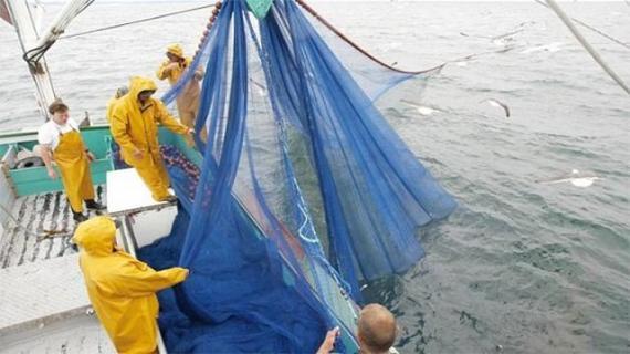 أعضاء الاتحاد الأوربي يصوتون على إدماج الصحراء في اتفاق الصيد البحري
